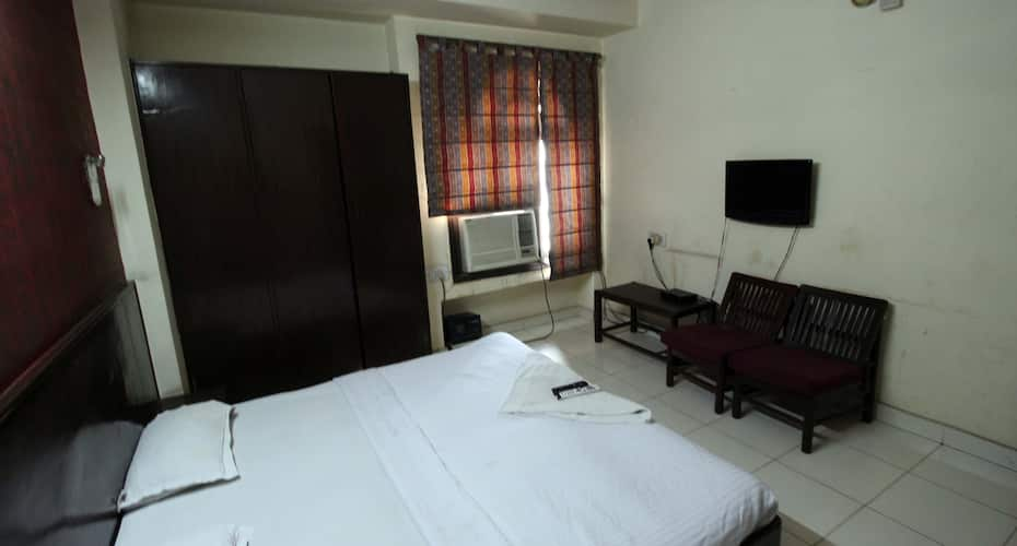 Elegent International Hotel, Karol Bagh,
