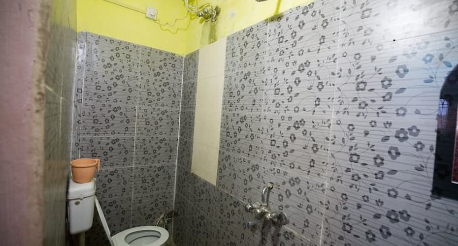 Somit Paying Guest House, Dasaswamedh Ghat,