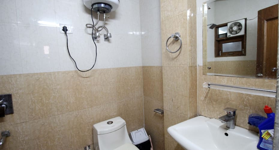 South Delhi Metro Bed and Breakfast, Kailash Colony,