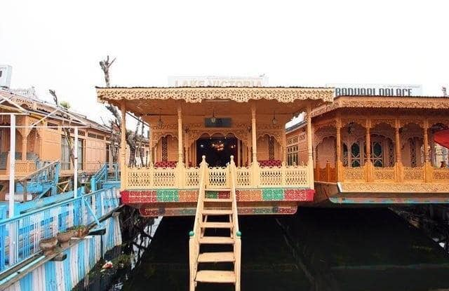 Lake Victoria Houseboats, Dal Lake,