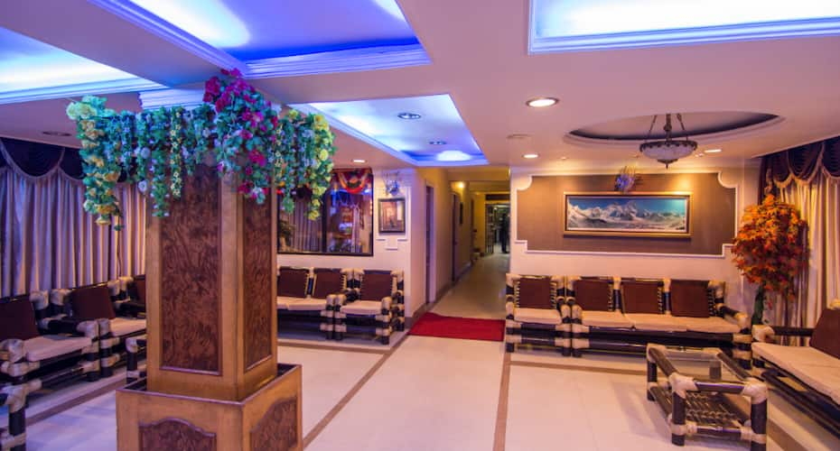 Hotel Sonar Bangla, Gandhi Road,