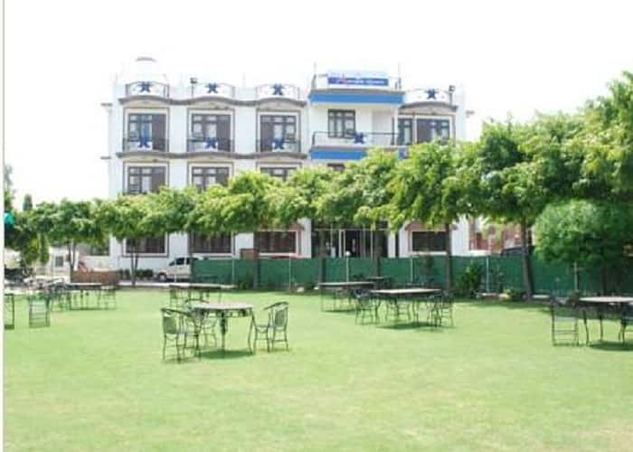 Amrapali Hotel & Resort, Tonk Road,