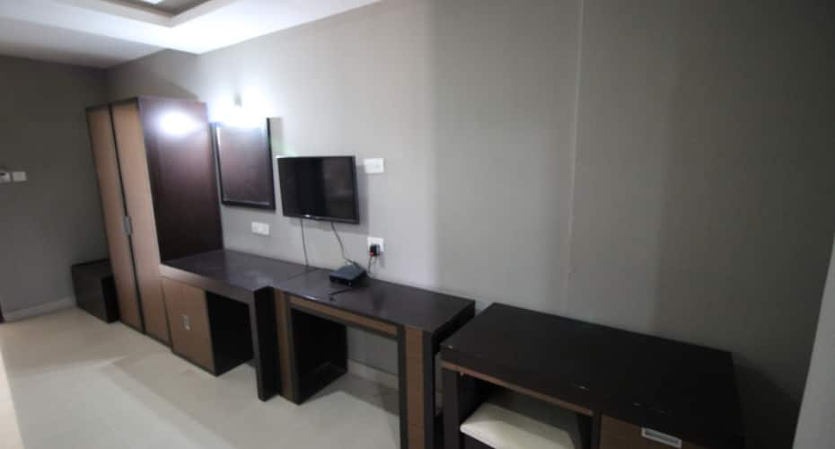 Sky Wood Inn & Suites, Electronic City,
