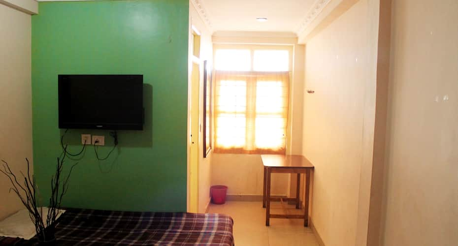 Pal Cottage (Appus Holidays), Lawsghat Road,