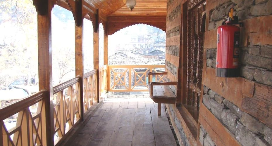 HPTDC The Castle, Naggar Road,