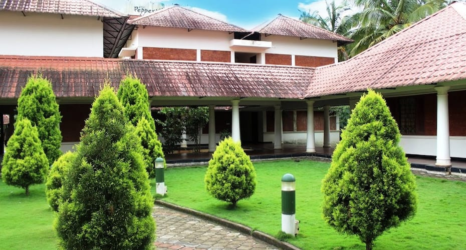 Hotel Peper Grove  (KTDC), Sulthan Bathery,