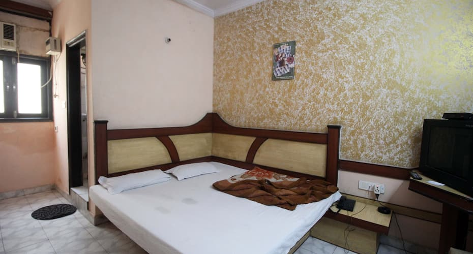 Hotel Anchal DX, Paharganj,