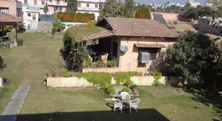 Hotel Honeydews Retreat, Near Pushkar Bus Stand,