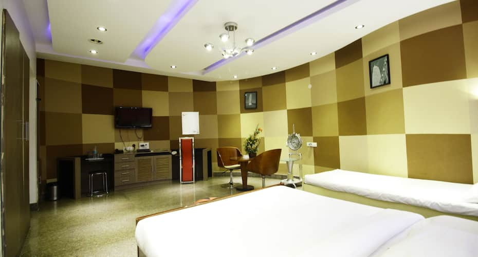 The Retreat Hotel, Tambaram,