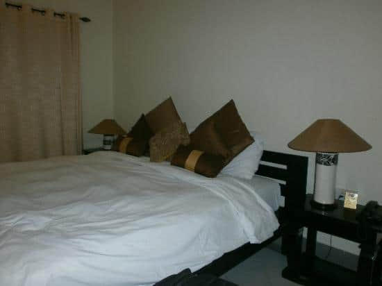 Live In Service Apartment, Southern Avenue,