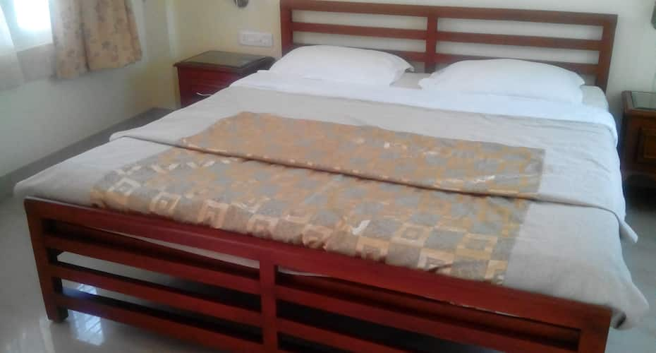 Grand Oak Homestay, Virajpet,