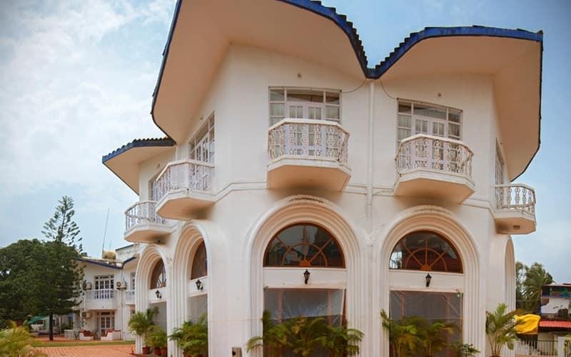 Sunset Beach Resort Goa Book This Hotel At The Best Price