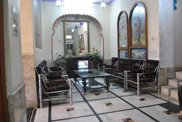 Hotel Shakti palace, City Palace Road,