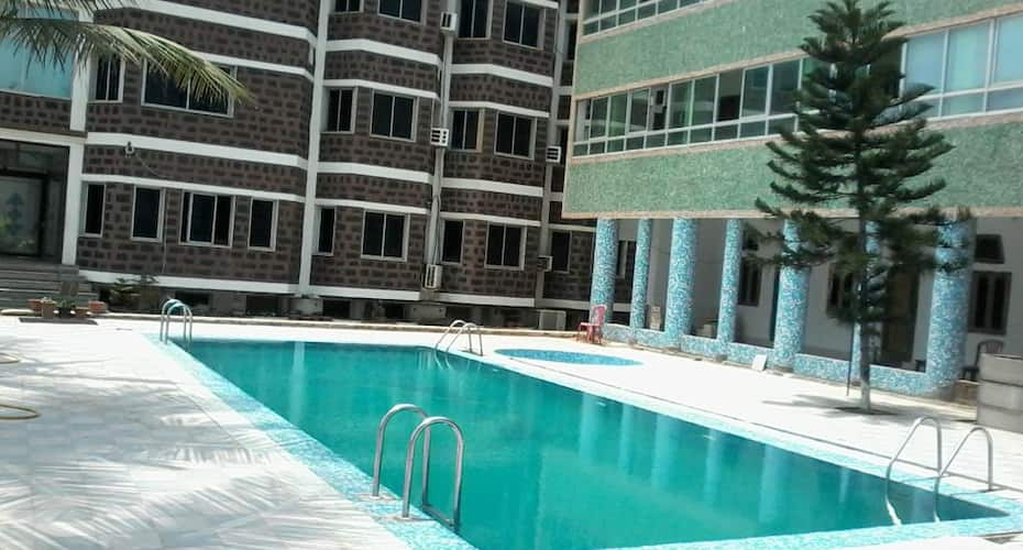 Hotel Sapphire International, Chakratirth Road,