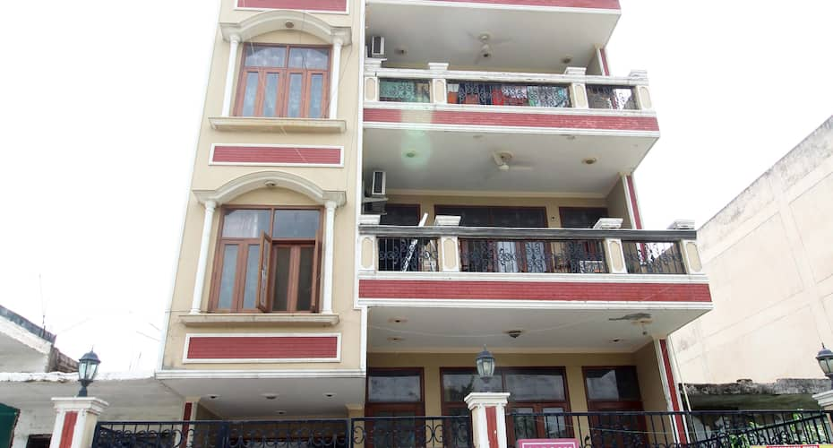 Sargam Bed and Breakfast, Dwarka,