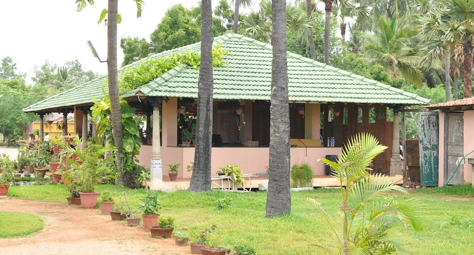 Nalla Eco Friendly Beach Resort, East Coast Road,