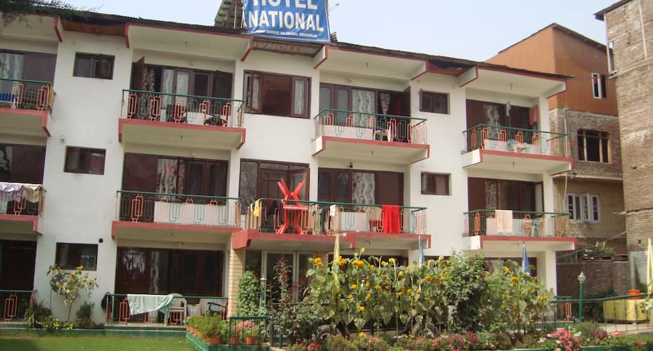 Hotel National, Boulevard road,