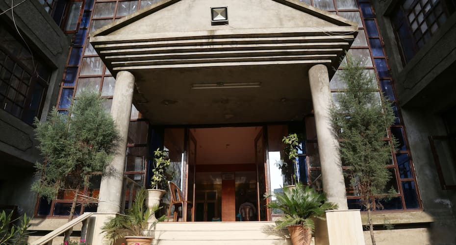 Hotel Sidiq Palace, Boulevard road,