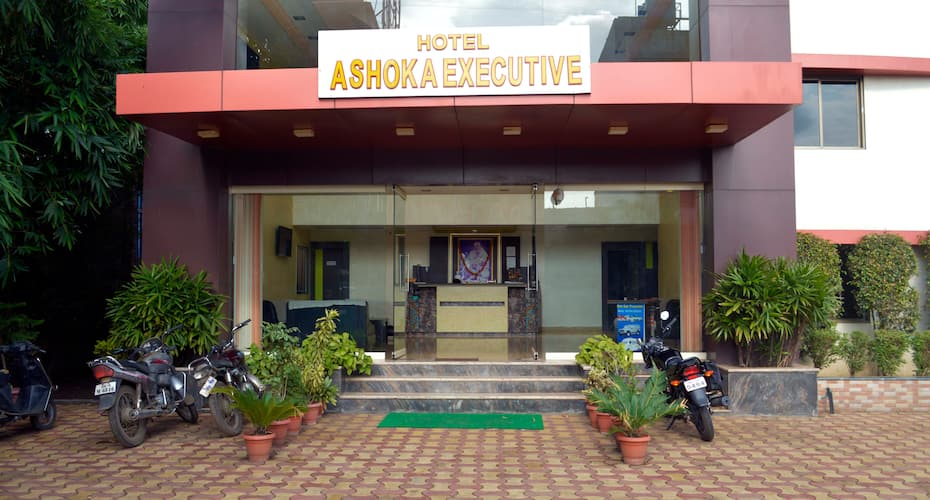Hotel Ashoka Executive, Nagar Manmad Road,