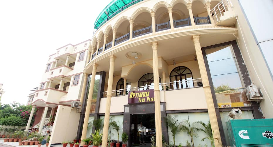 Optimum Tara Palace, Taj East Gate Road,