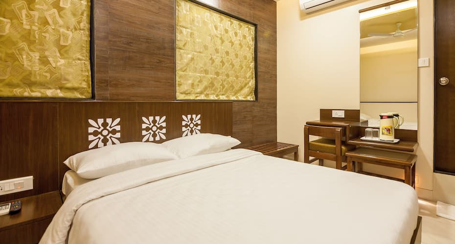 City Guest House, Dadar,