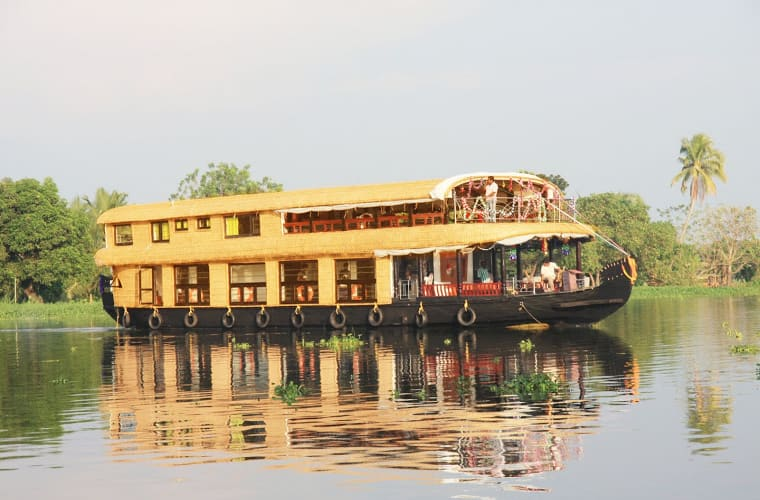 Aqua Holidays House Boat, Thathampally,