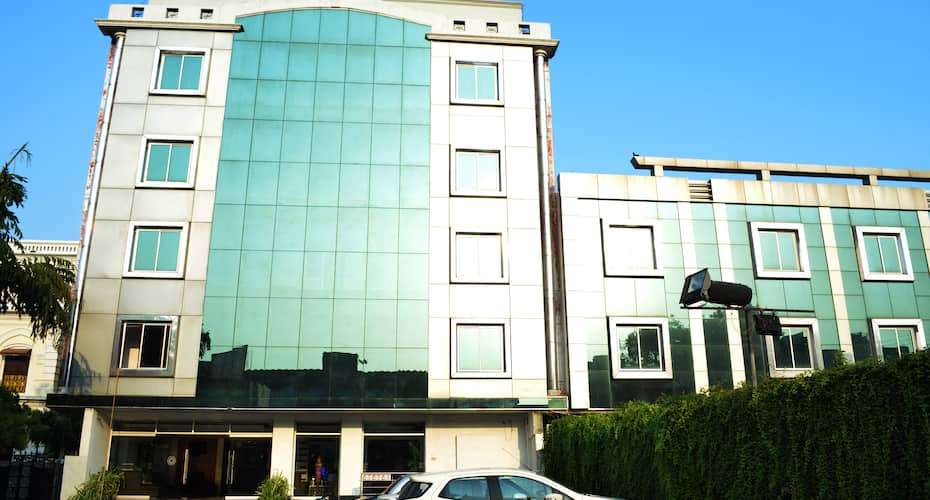 Hotel Amber,Lucknow