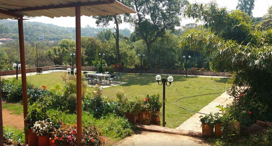 Garden Cottage And Lawn, Mahabaleshwar Panchgani Road,