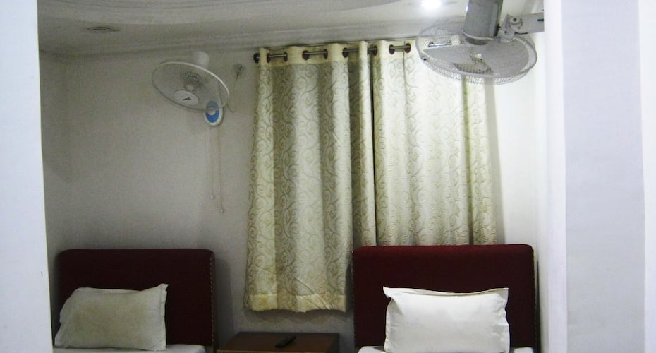 New Jyoti Guest House, Mahabodhi Temple,