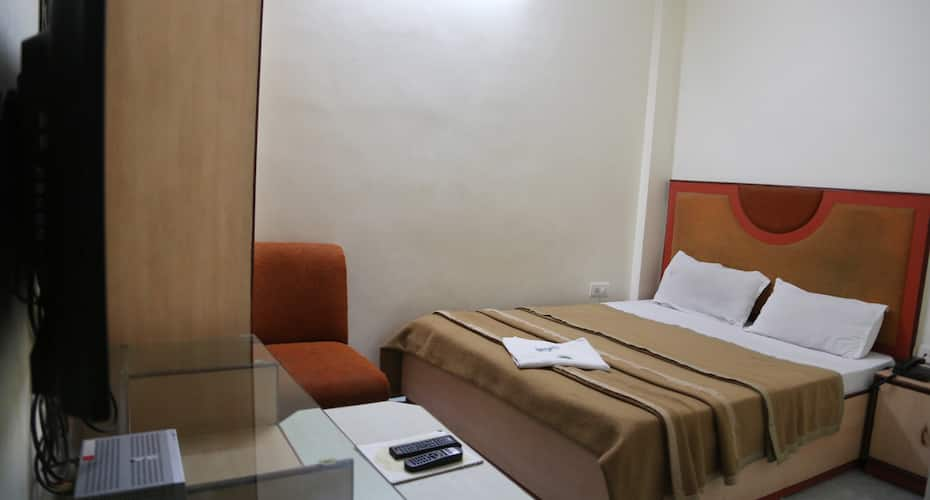 Hotel Castle Inn, MP Nagar,