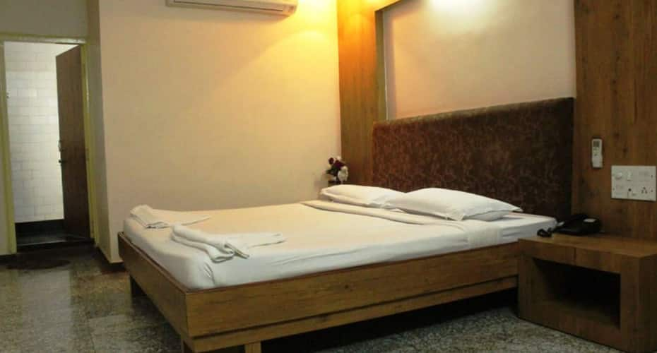 Hotel Orange City, Sitabuldi,