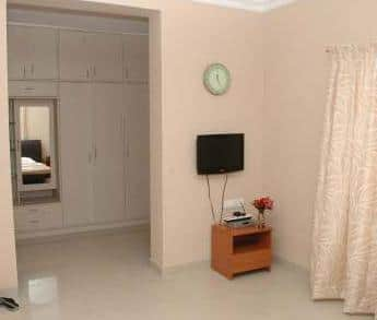 Solitaire Service Appartment, OMR Road,