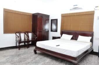 Esakki High View Resorts 1, Courtallam - Book this hotel at