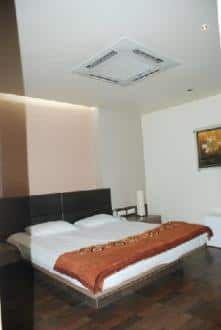 Hotel Varsha Residency, Old city,