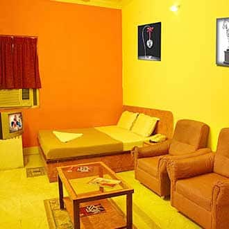 Hotel Suriya International (Pondy Bazaar), T. Nagar,
