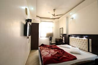 Hotel Poonam International, Paharganj,