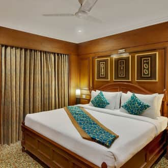 Hotel India Awadh, Lal Bagh,