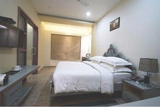 New Hotel Broadway, Varanasi - Book this hotel at the BEST