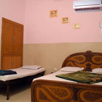 Swagat Hotel, Near Golden Temple,