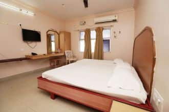Hotel Ashoka, East Car Street,