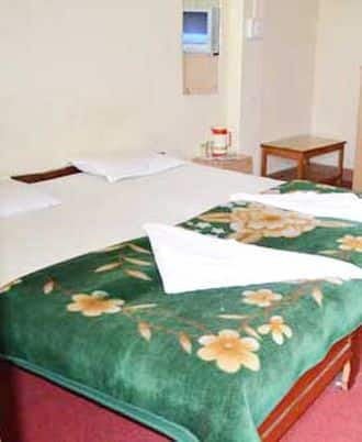Central Point Lodge, Arithang Road,