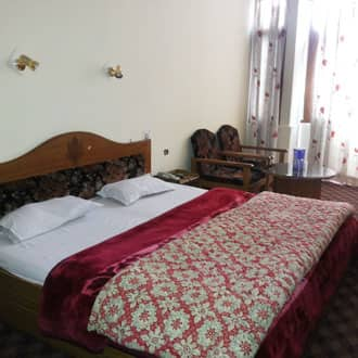 Modi Inn Rockside Hotel, Subhash Chowk,