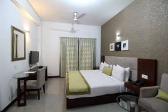 Stately Suites Golf Course Road, DLF Phase I,