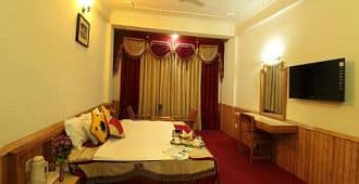 Hotel Central View, Mall Road,