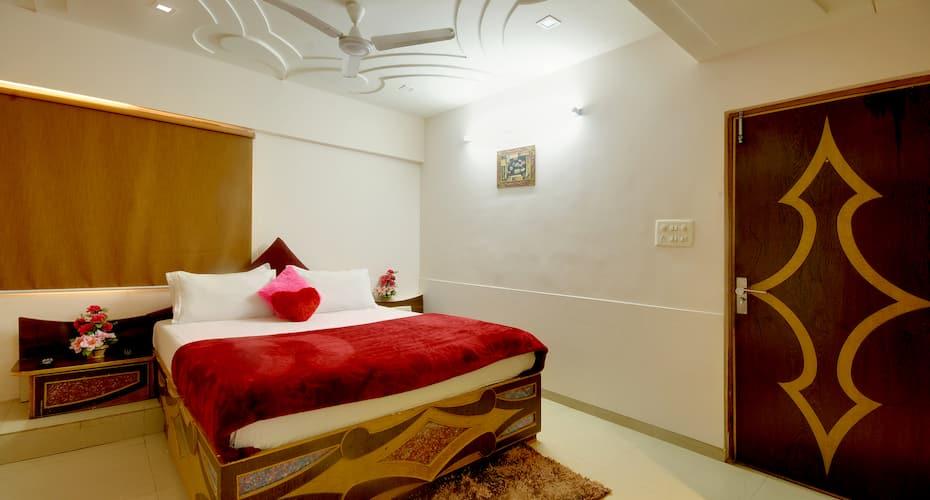Image 3 Hotel Jaunt Safari Residency Ahmedabad