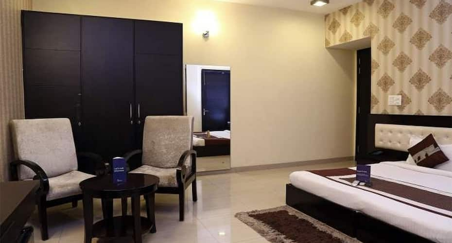 FabHotel Signature Cyber Park, Cyber Park,