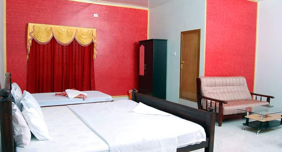 Wayanad Lux Inn, Pulpally,