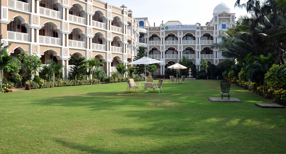 Lucky India Royal Heritage Hotel, New Marine Drive Road,
