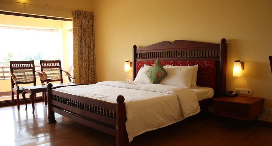 Manor Back Water Resort, Kumarakom North,
