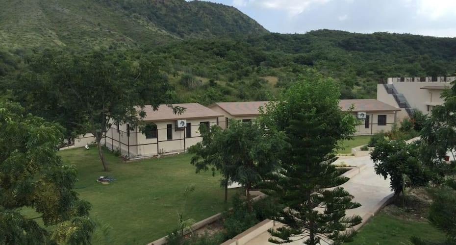Le Madhulika Maharana Resort and Spa, Lake Pichola,